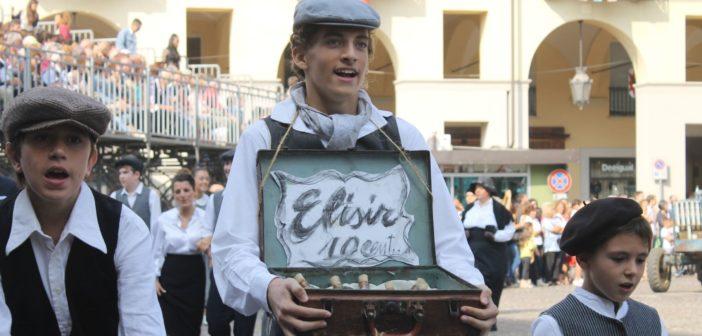 Sfilata festival delle Sagre - Castello d'Annone